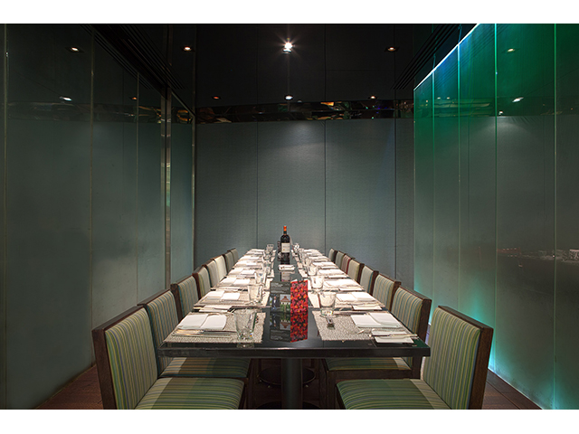 private dining room for parties and events