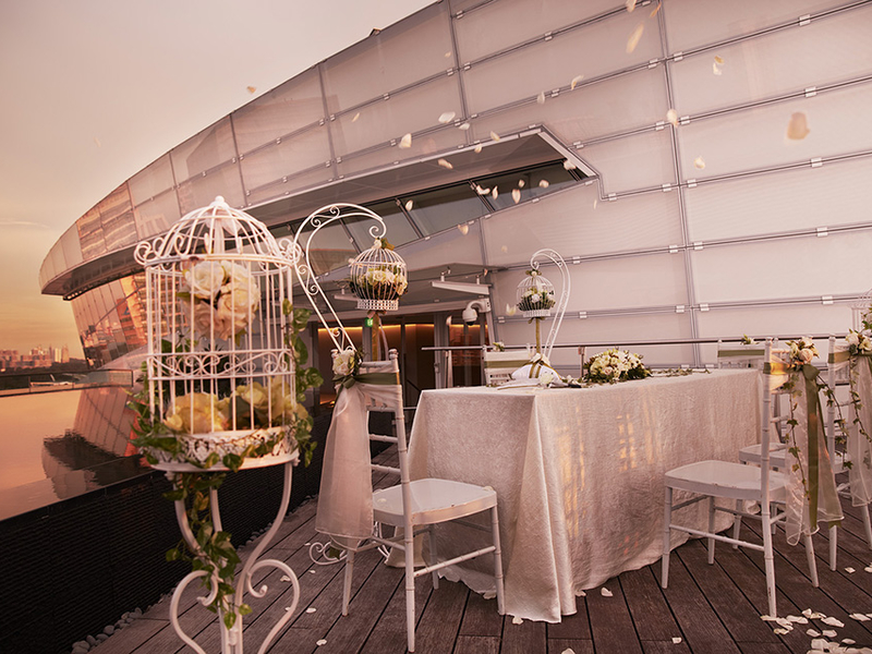 singapore rooftop space for solemnization event with white decorations