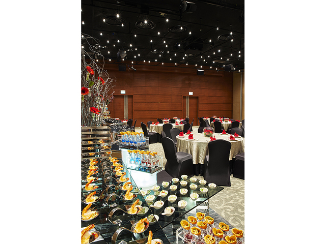 large year-end party venue in singapore with buffet dishes