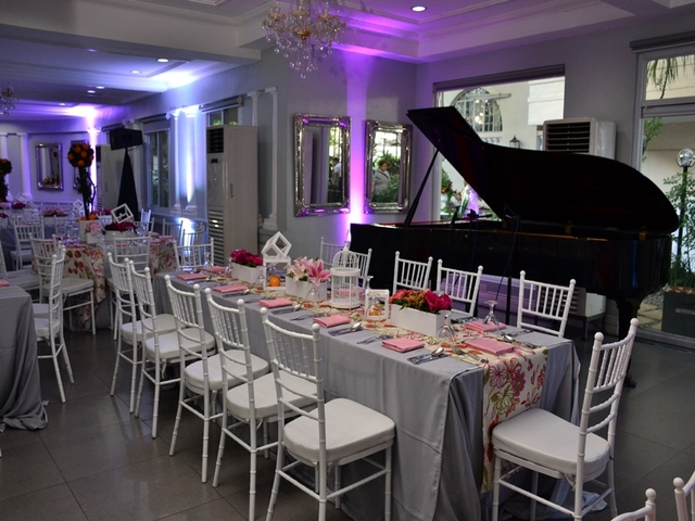wedding lunch setup using long table and table decorations