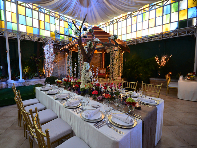 long table setup for wedding reception