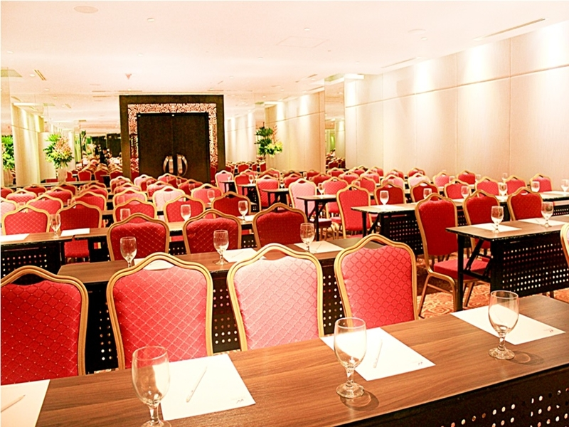 large private meeting room in manila with refreshment and classroom seating