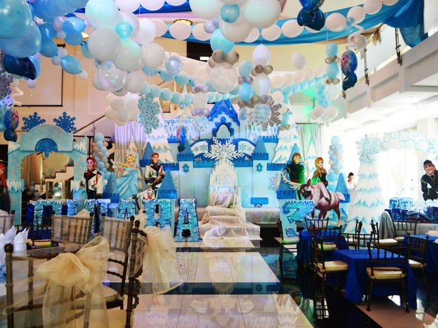 kids birthday party celebration with frozen theme
