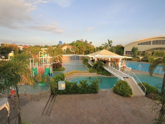 large team bonding event venue on philippines with swimming pool facility