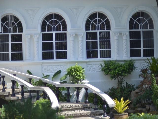 vintage and elegance building of felicidad mansion events place