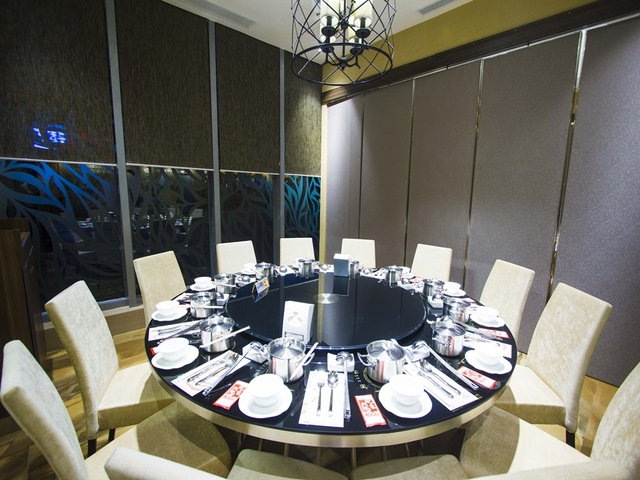 private dining room with floor to ceiling window