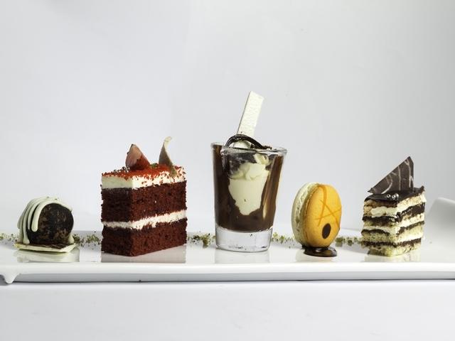 buffet dessert platter