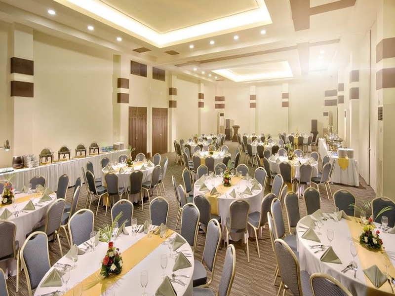 corporate events setup in function room