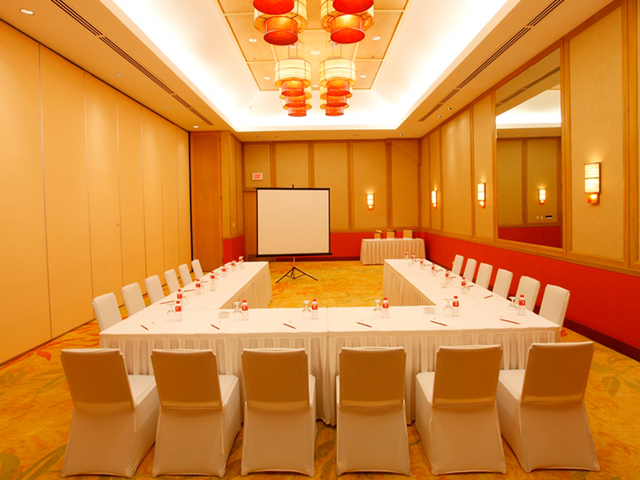 board room setup for corporate meeting