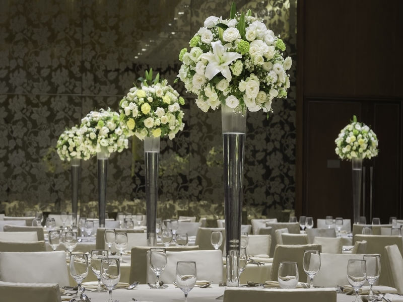 flower decor on dining tables