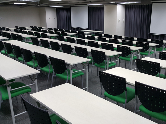 classroom setup for corporate training
