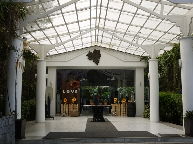 grand entrance to event venue