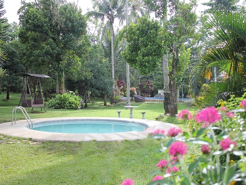 garden venue perfect for wedding reception