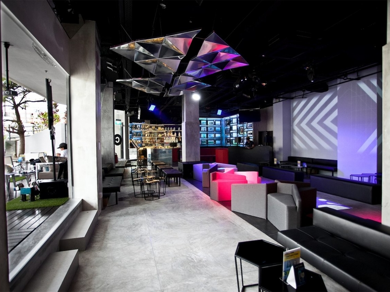 modular chic industrial event space with state of art technology
