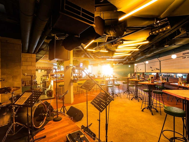 bar with live band equipment