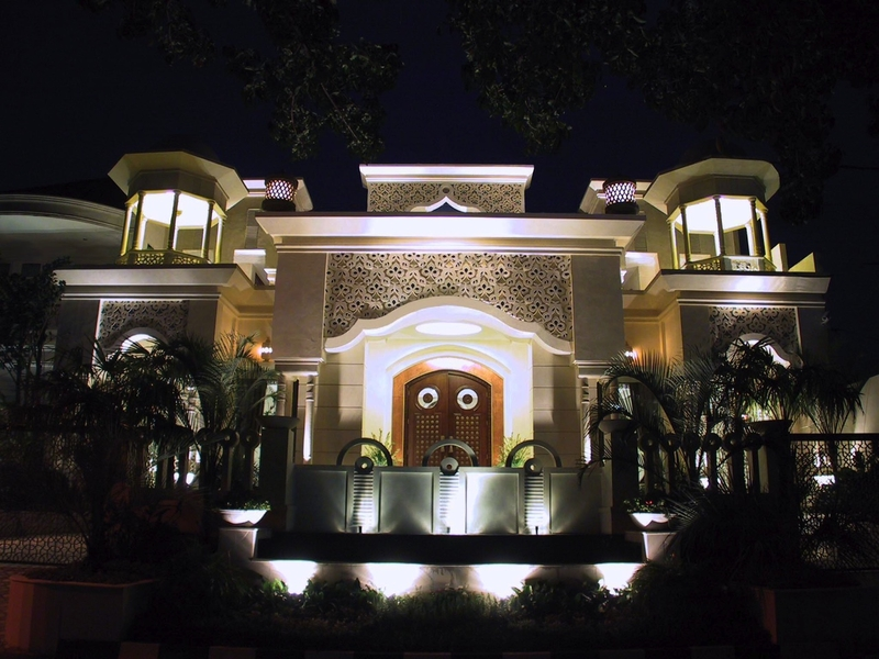 rumah maroko pool party venue central jakarta
