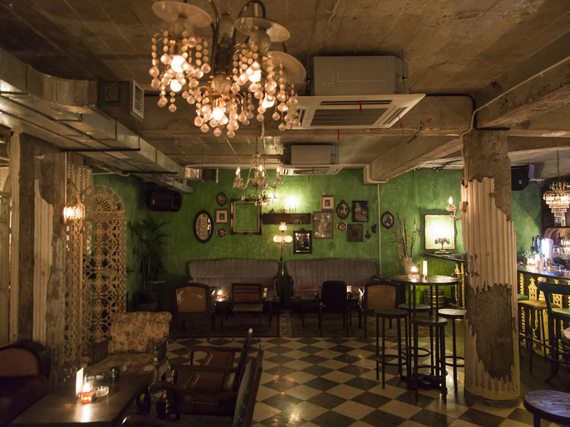 lola best bar for christmas event party jakarta