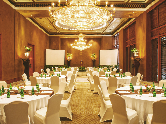 the dharmawangsa jakarta christmas party package south jakarta