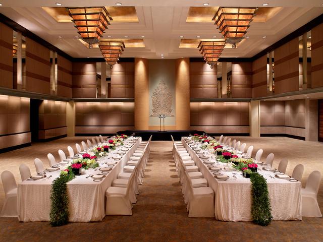 grand hyatt jakarta ballroom penthouse corporate christmas party jakarta
