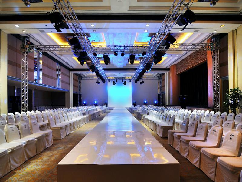 grand hyatt jakarta ballroom penthouse workshop event space jakarta