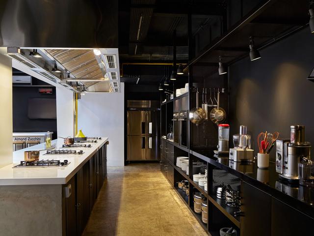 almond zucchini cooking studio sewa tempat untuk event jakarta