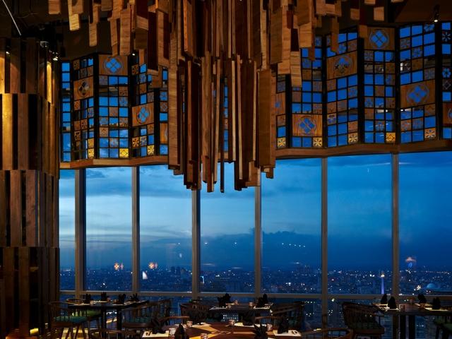 enmaru japanese restaurant with city view jakarta