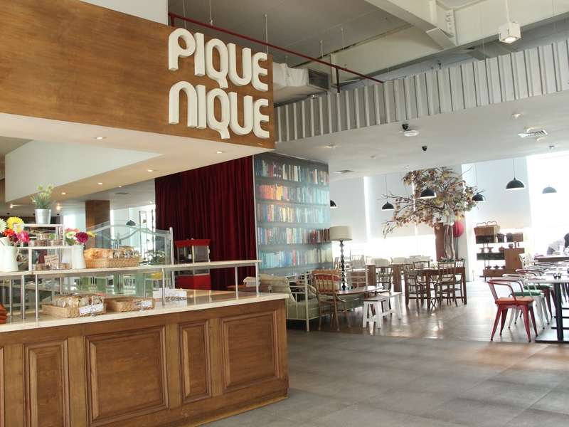 pique nique hottest table west jakarta