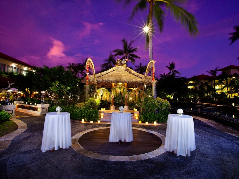 the laguna a luxury collection resort spa bali new year event party