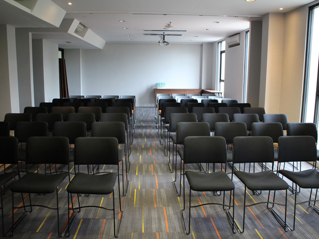 meetspace artotel surabaya theater style venue for event