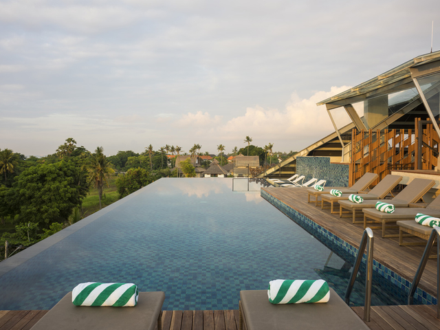 bart artotel sanur bali christmas pool party venue