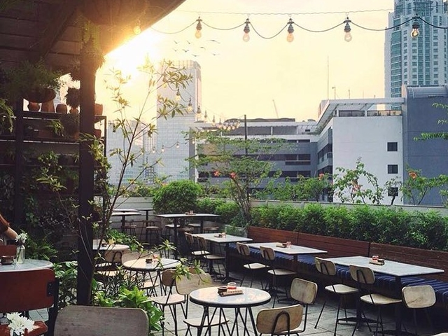 hause rooftop kitchen bar tempat nongkrong jakarta selatan