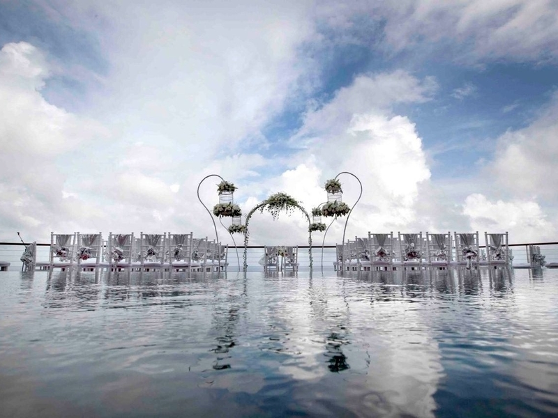 the venue the edge bali intimate wedding by the sea package