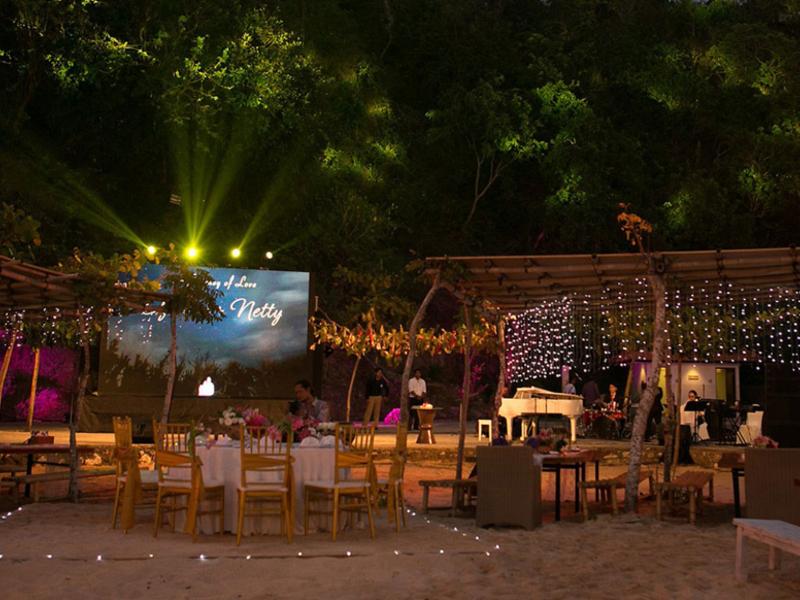samabe bali suites villas outdoor christmas dinner