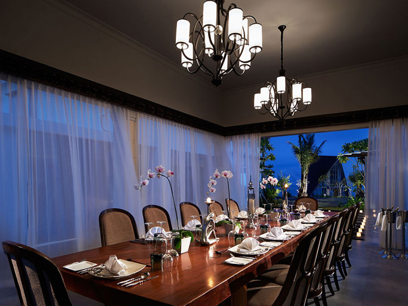 samabe bali suites villa royal samabe residence and pearl chapel private family dinner