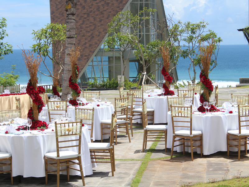 samabe bali suites villa royal samabe residence and pearl chapel affordable wedding package