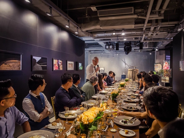 corporate dining event in the annex event venue