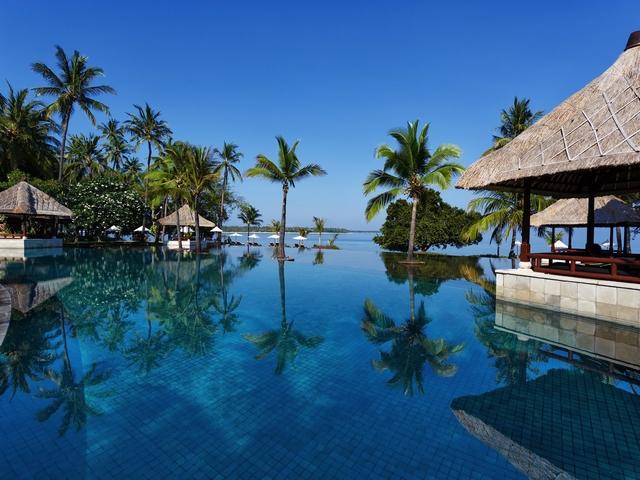 the oberoi beach resort lombok villa with large pool