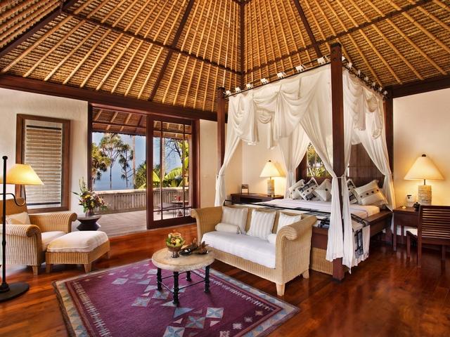 the oberoi beach resort lombok exclusive honeymoon package