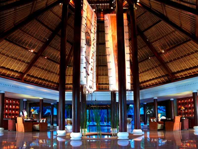 the oberoi beach resort lombok high ceiling space for event