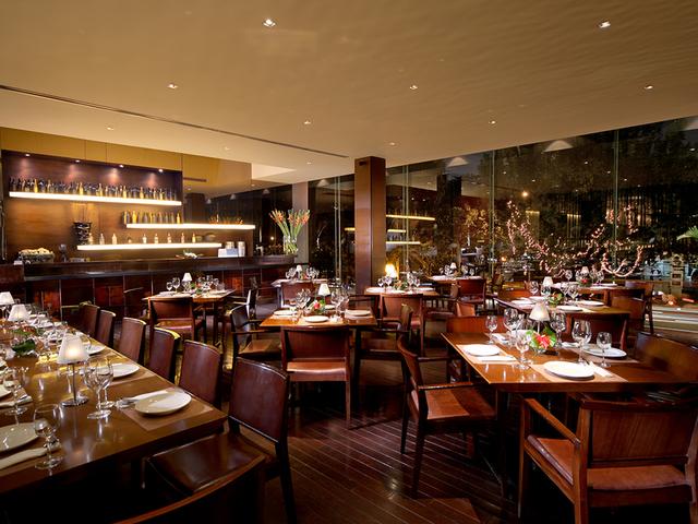 penang bistro kebon sirih elegant style restaurant central jakarta