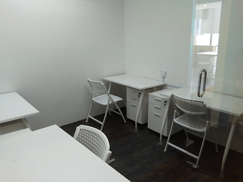 minimalist private office four capacity