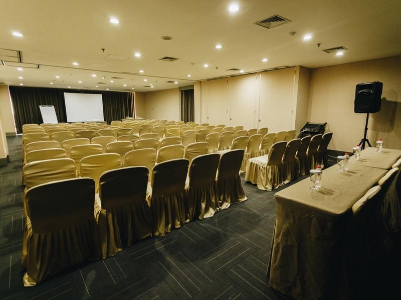 titan center tempat seminar murah tangerang