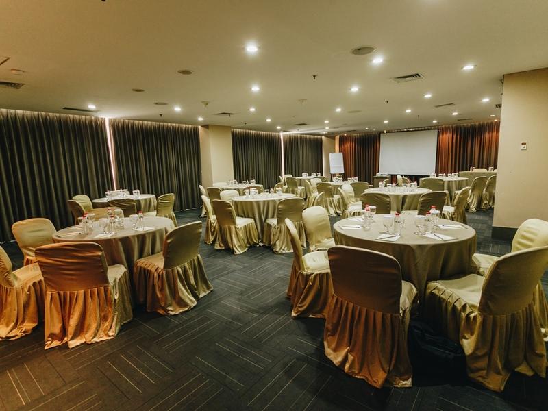 titan center gala dinner venue tangerang
