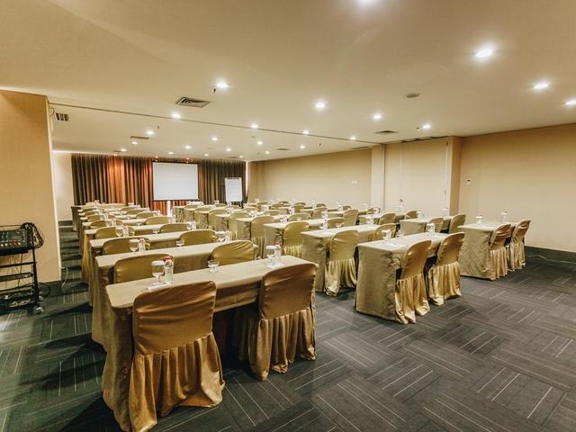 titan center function room for rent tangerang