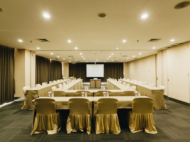 titan center meeting room for rent tangerang