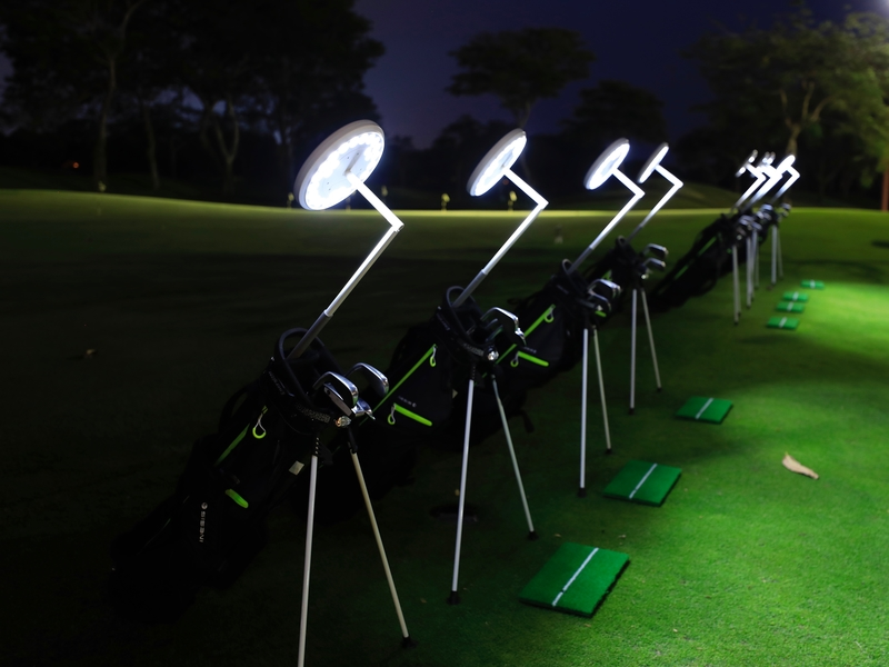 team bonding ideas in singapore with golf activities