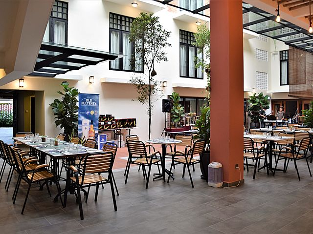 hotel with semi-outdoor restaurant in malacca