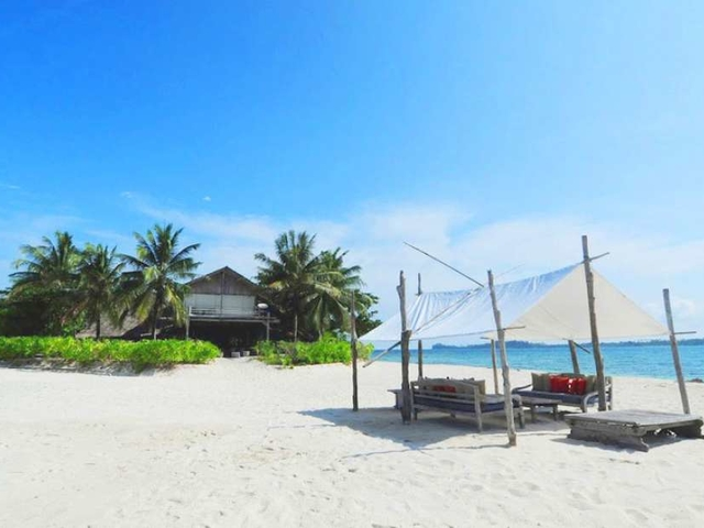 pulau pangkil wedding party in private island indonesia riau