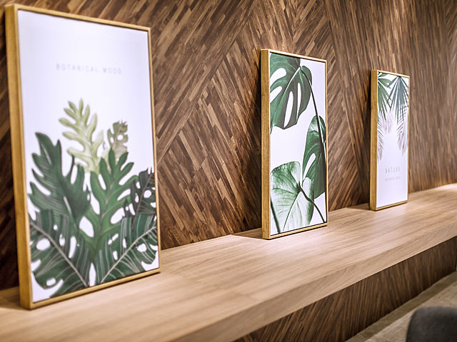three leaf panting for wall decoration