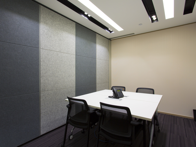 small meeting room perfect for client meeting